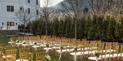 Outdoor Wedding Taconic - A Kimpton Hotel Manchester Village Vermont