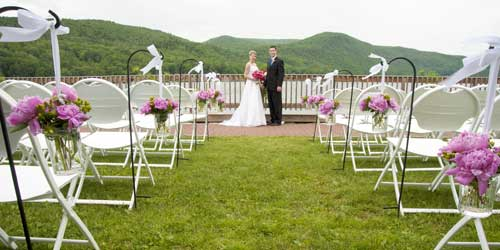 Outdoor Wedding - Lake Morey Resort - Fairlee, VT