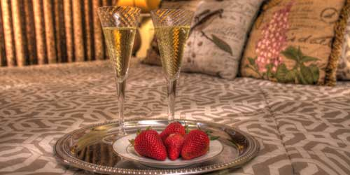 Stone Hill Inn Champagne Strawberry Stowe VT