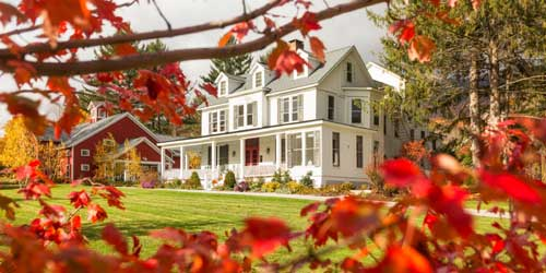 Exterior Foliage View - Inn at Manchester - Manchester, VT - Photo Credit Christin Glade