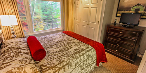 Fall Condo Room - Mountainside Resort at Stowe - Stowe, VT