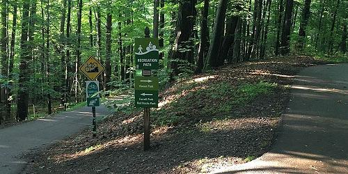 South Burlington Bike Patht-Vermont-Department-of-Tourism-and-Marketing