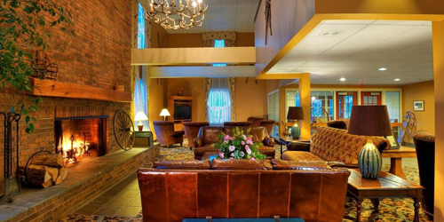 Lobby & Fireplace - The Pointe Hotel at Castle Hill Resort - Proctorsville, VT